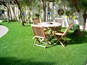 backyard synthetic lawn